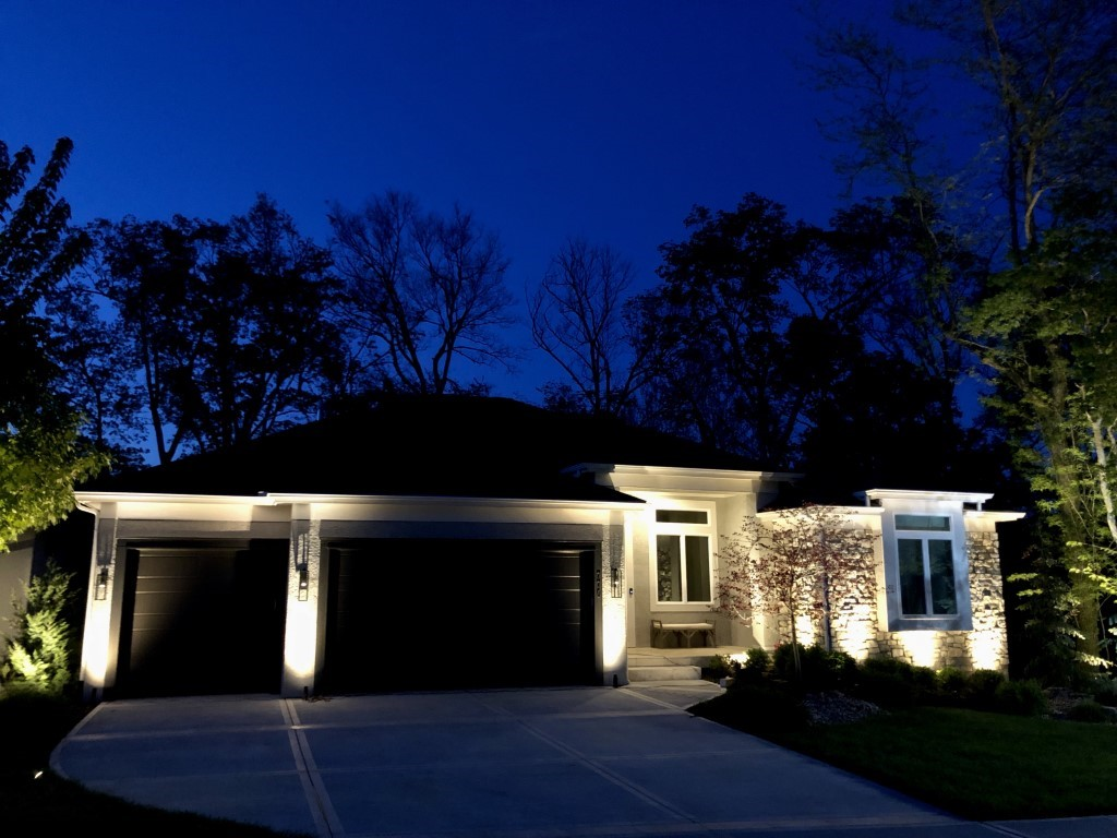 Renew Your Landscape Lighting in Kansas City with the Professionals